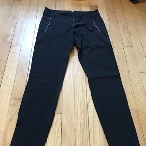 Lululemon Commuter Pant Size 6 (small)